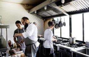 7 dicas para escolher o fornecedor certo para equipamentos de food service